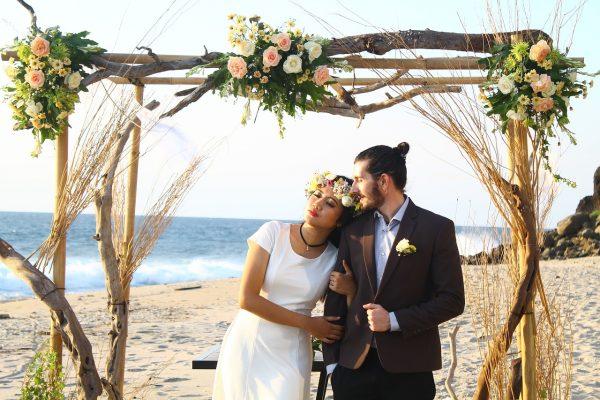 Gorgeous Wedding Ceremonies: Weddings, Gay Weddings, Funerals And
